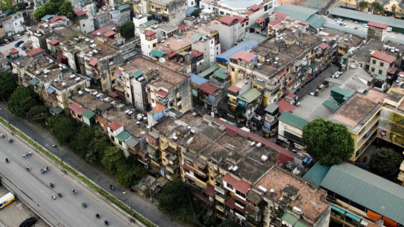 Khó khăn bủa vây ngành xây dựng và bất động sản
